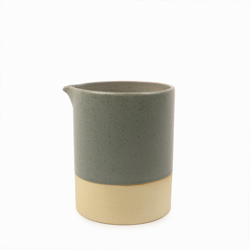 Mesa Ceramic Candle – Cedarwood & Moss