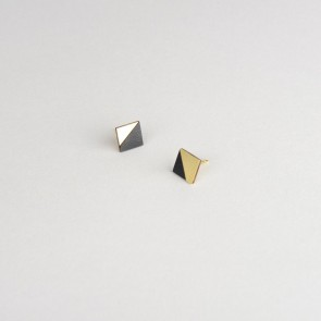 Form Square Earring Brass & Black