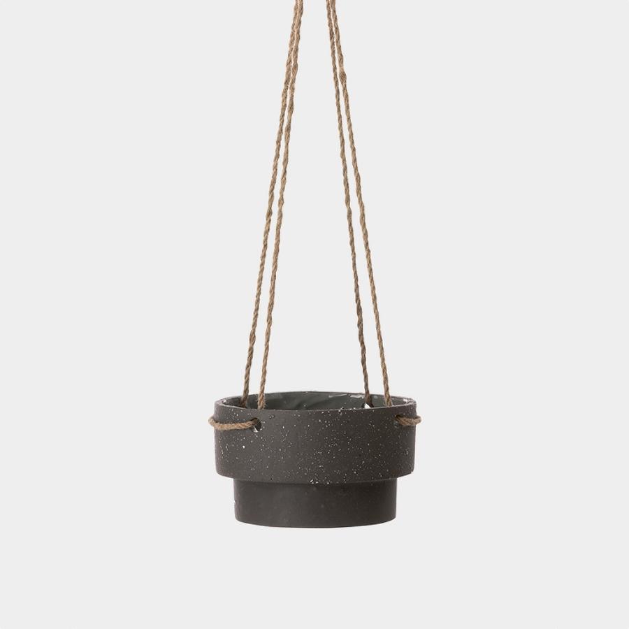 Plant hanger low