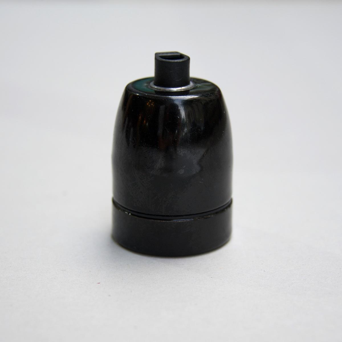 Porcelain lamp holder black