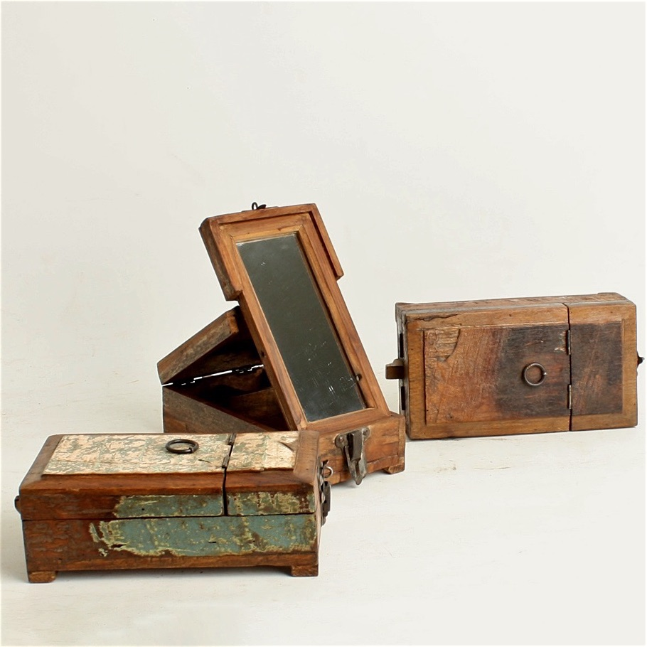 Scrapwood barber shaving box
