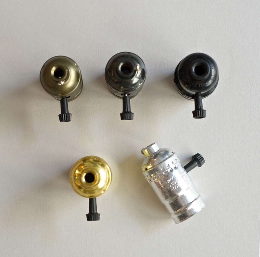 Knob switch bulb holder