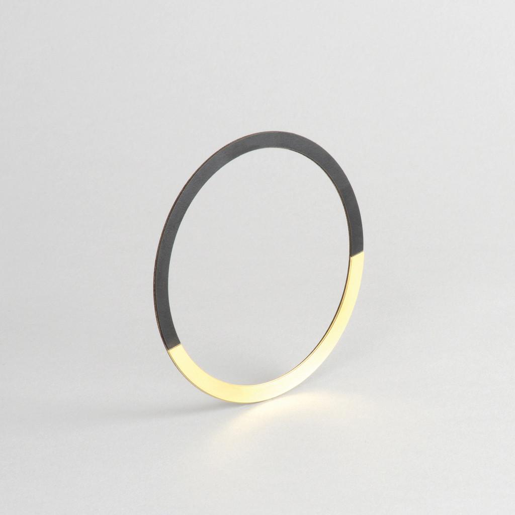 Form Circle Bangle Brass & Black