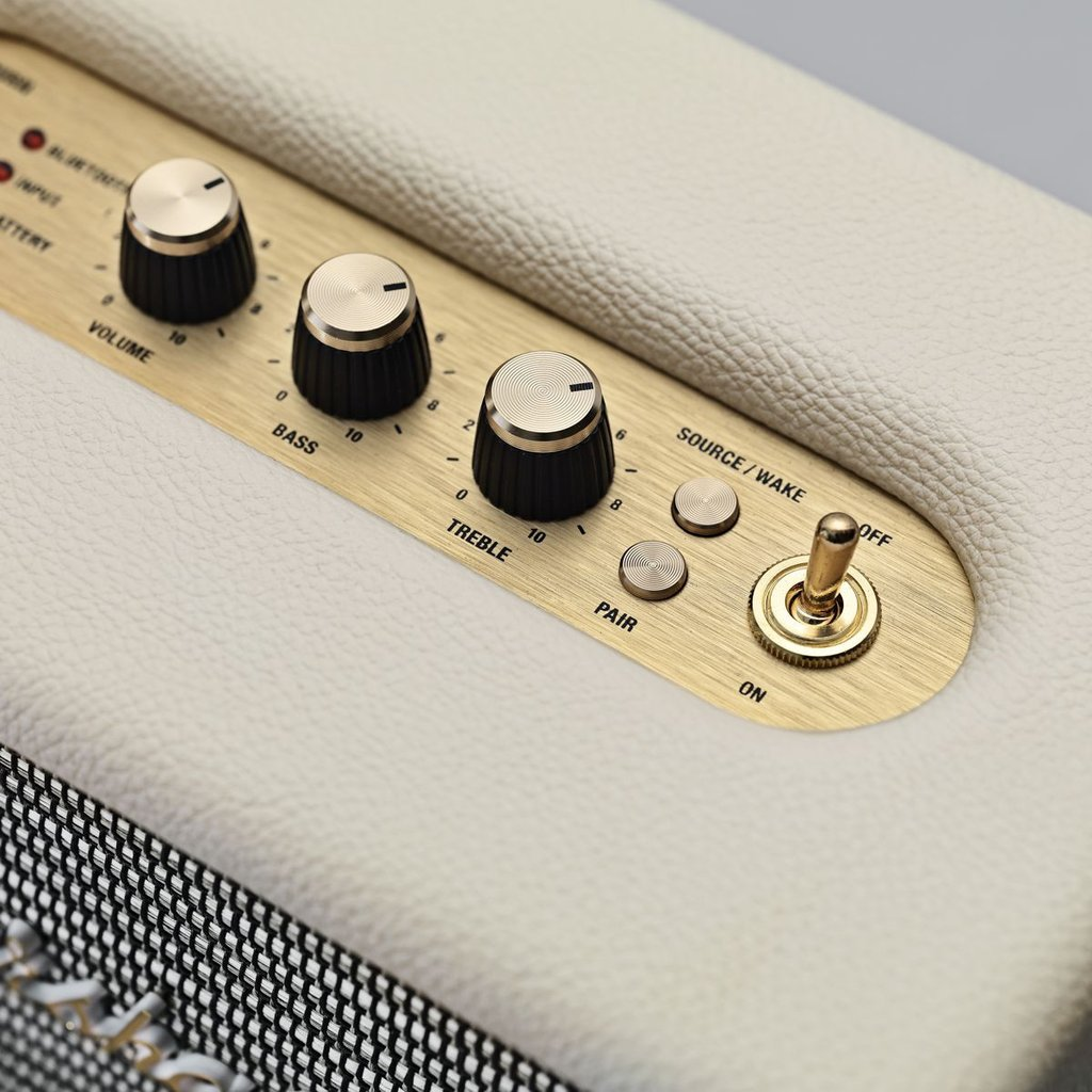 Kilburn Portable Bluetooth speaker cream