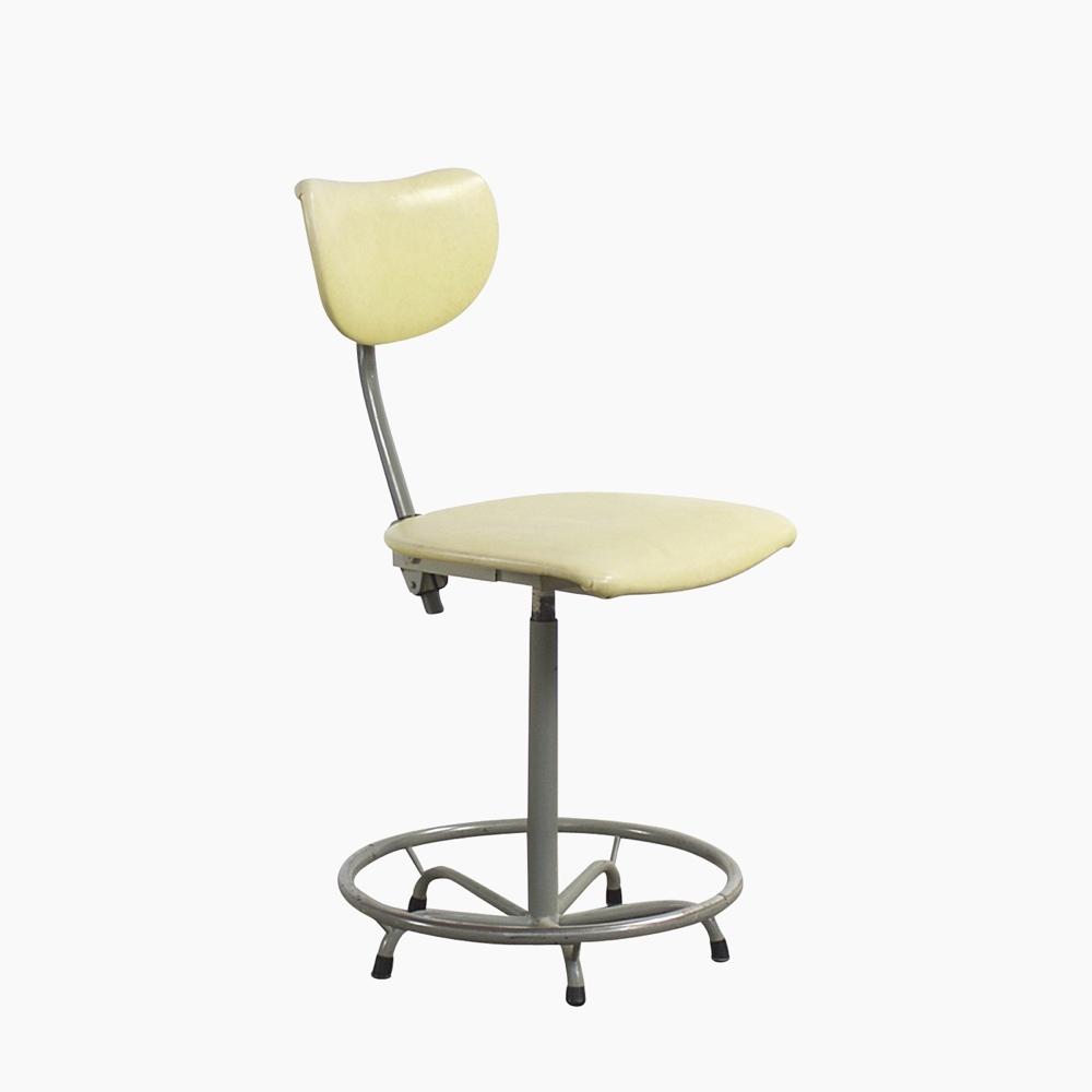 De Wit Swivel Chair