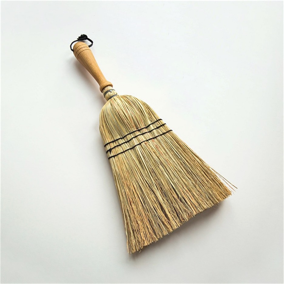 Wooden handle rice straw hand broom