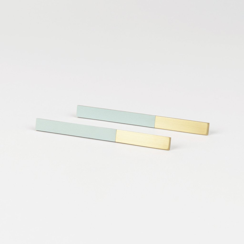 Form Bar Earrings Brass & Ice