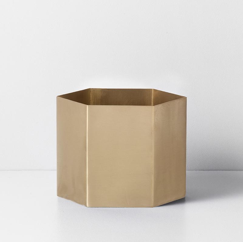 Hexagon Pot Brass XL