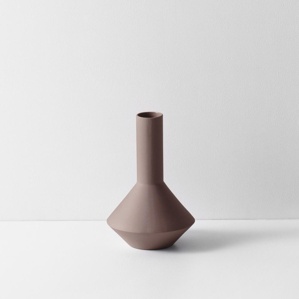 Sculpt Vase Pod Rust