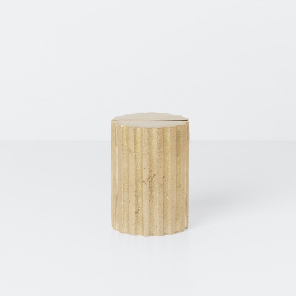 Card Stand Column